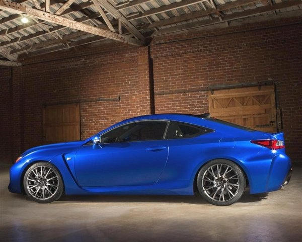 2015-lexus-rc-f-static-profile-600-001.jpg